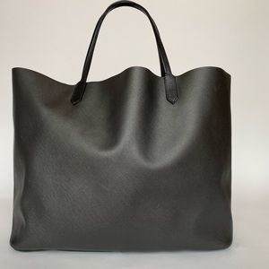 874436ee6c72 Givenchy Bags - Givenchy Rottweiler Antigona Saffiano leather tote